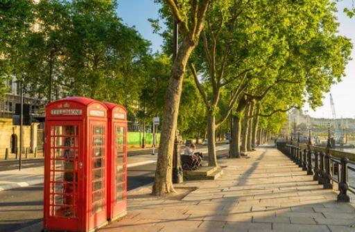 Londrada güneşli bir gün